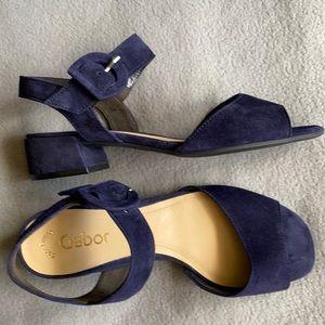 NWOT GABOR suede block heel sandals Sz US 7 / UK 5